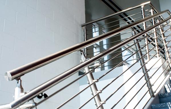 不锈钢楼梯扶手工程