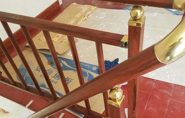 不锈钢楼梯配件