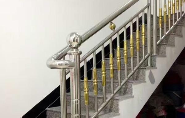 专业不锈钢楼梯扶手