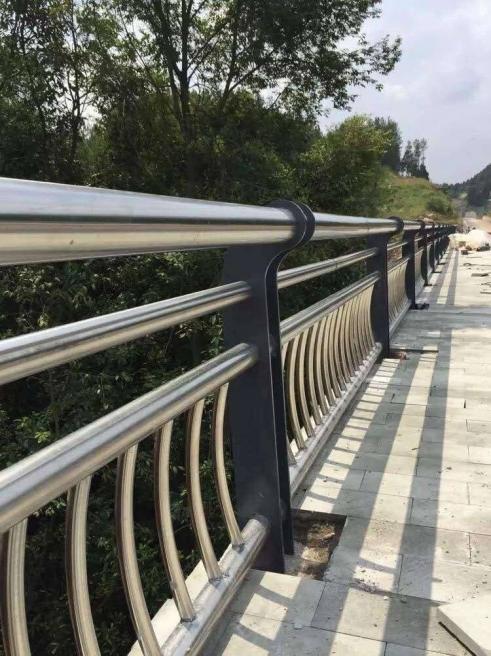 不锈钢市政工程护栏