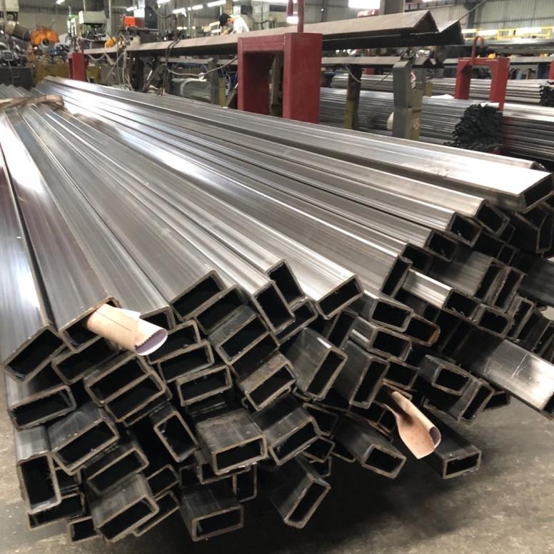 304不锈钢矩管